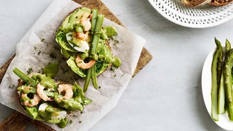 Rejemad med asparges og en usædvanlig god urtedressing