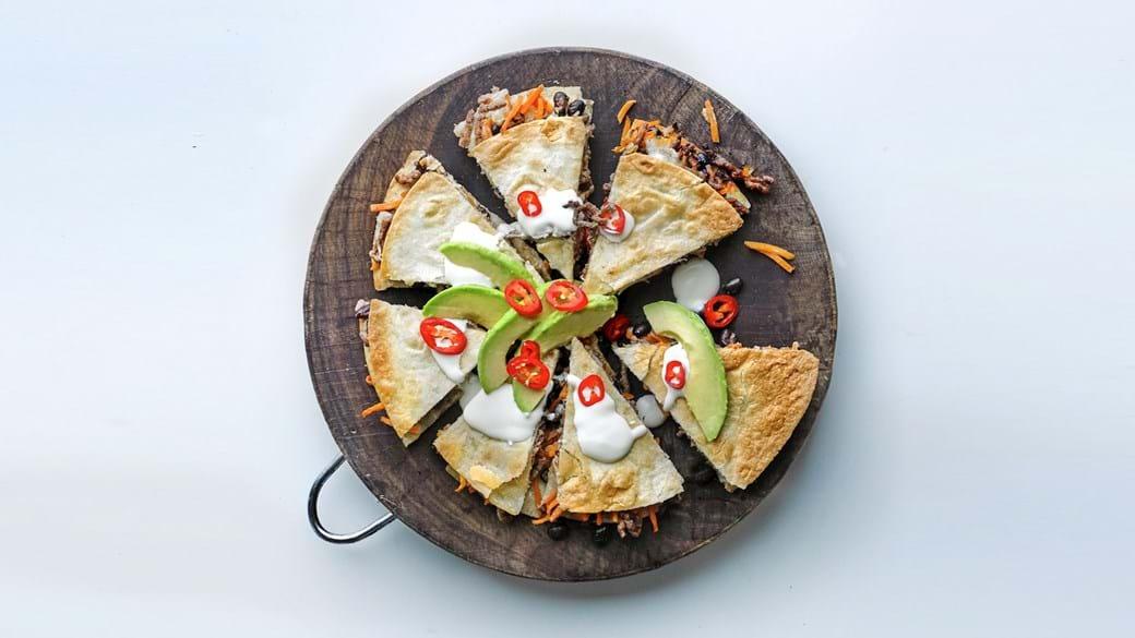 Quesadillas med svampe, spinat og kylling