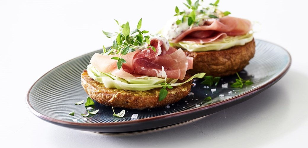 Sandwich med skinke og kål