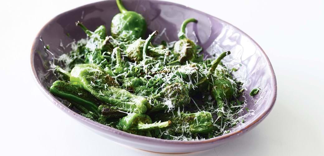 Padron-peberfrugter med pecorino