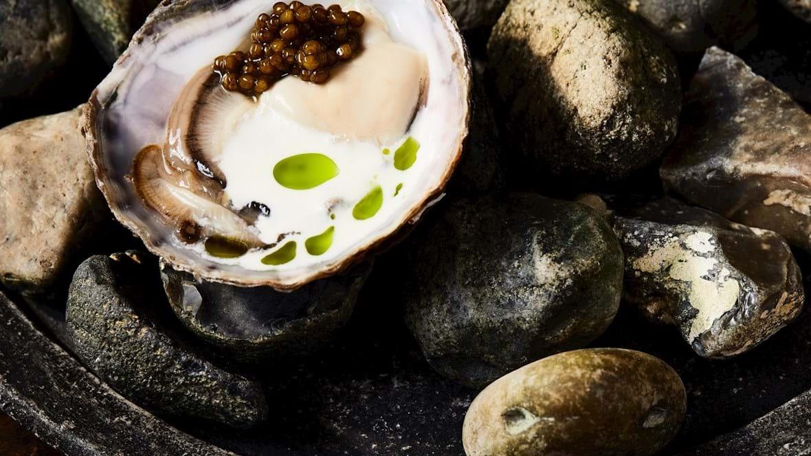Limfjordsøsters med champagne og caviar