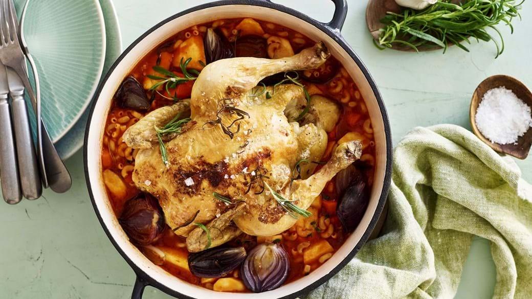 Kylling one pot med rødder og oliven