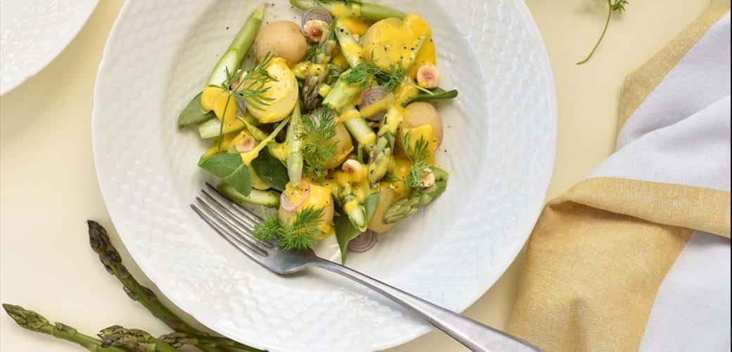 Salat af nye kartofler, asparges og rapsmayo