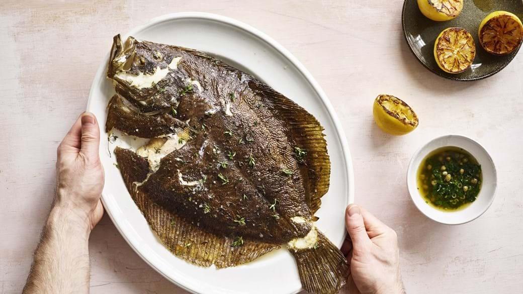 Fladfisk med brunet smør og citron