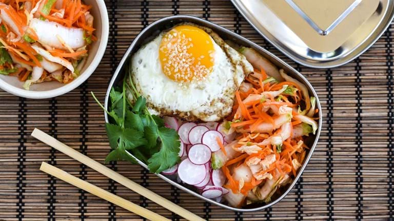 Spicy syltet kinakål – hurtig kimchi