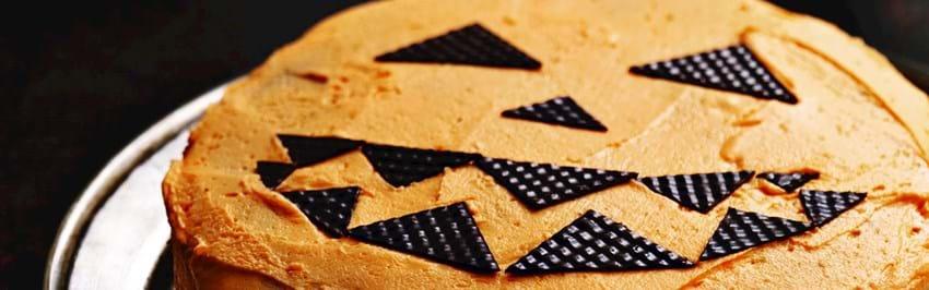 Halloweenkage med smørcreme
