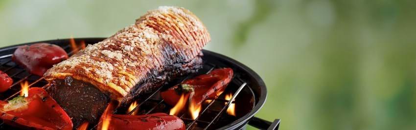 Grillet svinekam i pitabrød