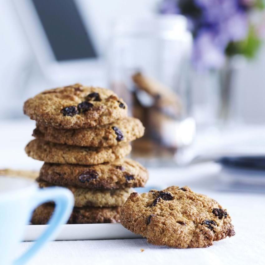 Fuldkornscookies med nødder og frugt