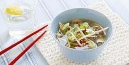 Kinesisk champignon- og kyllingesuppe