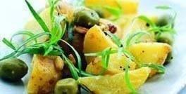 Kartoffelsalat med oliven og mandel