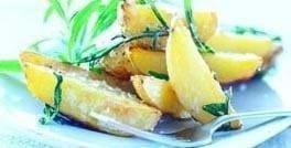 Kartofler stegt med rosmarin, olivenolie og havsalt