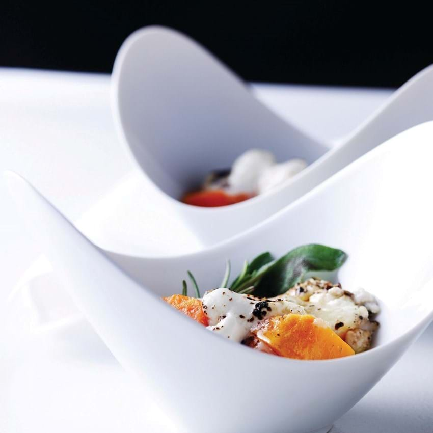 Nye gulerødder med gedeost og salvie