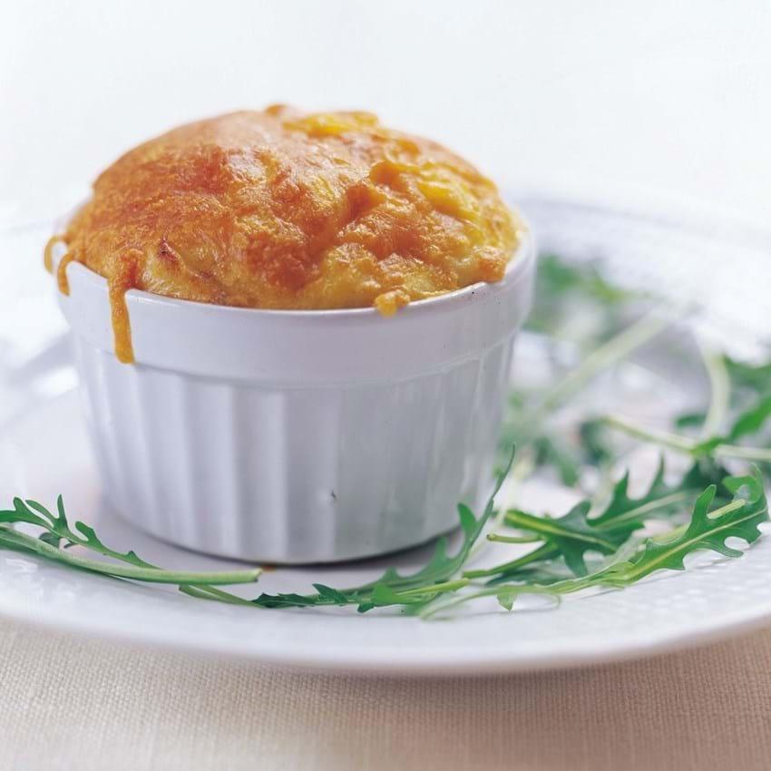 Kartoffelsoufflé med frisk koriander