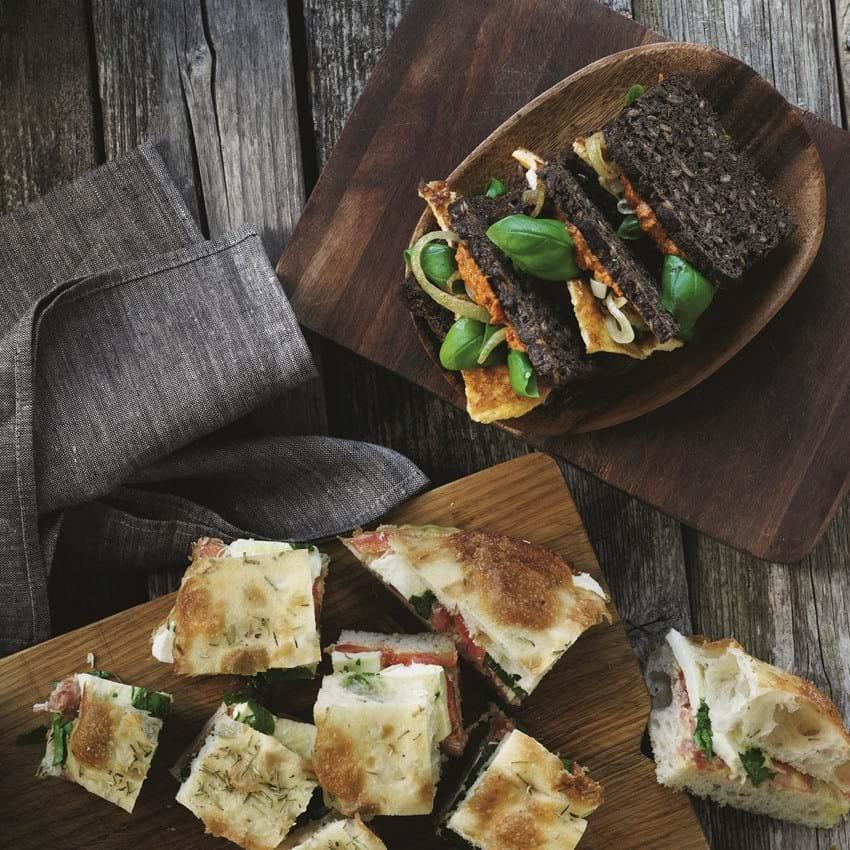 Rugbrødssandwich med omelet