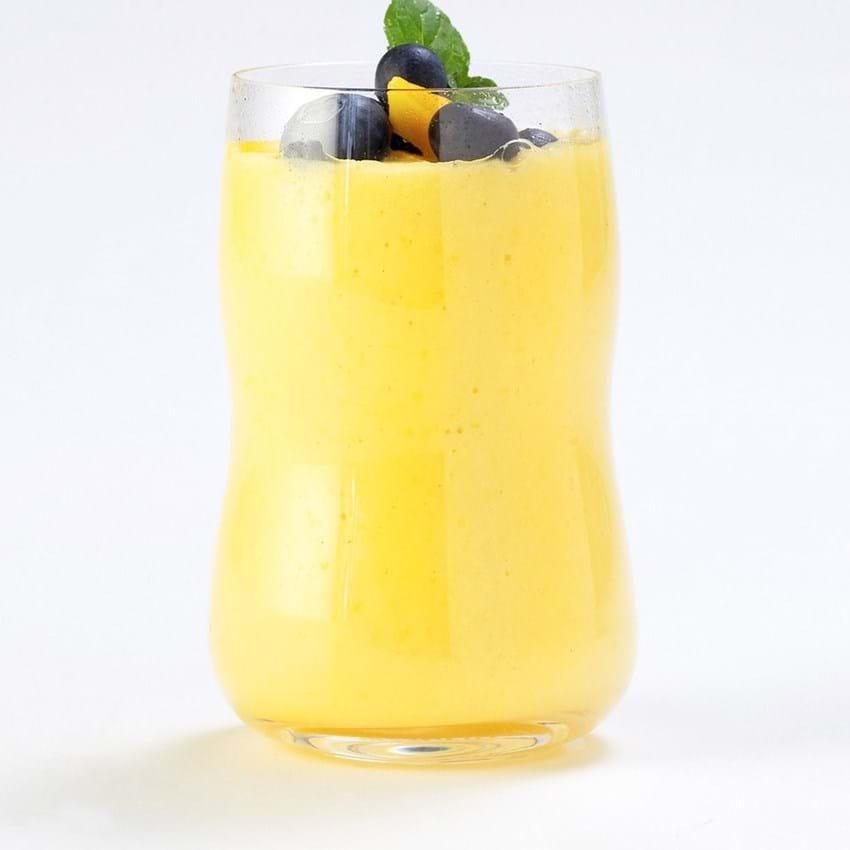 Koldskål- og mangosmoothie