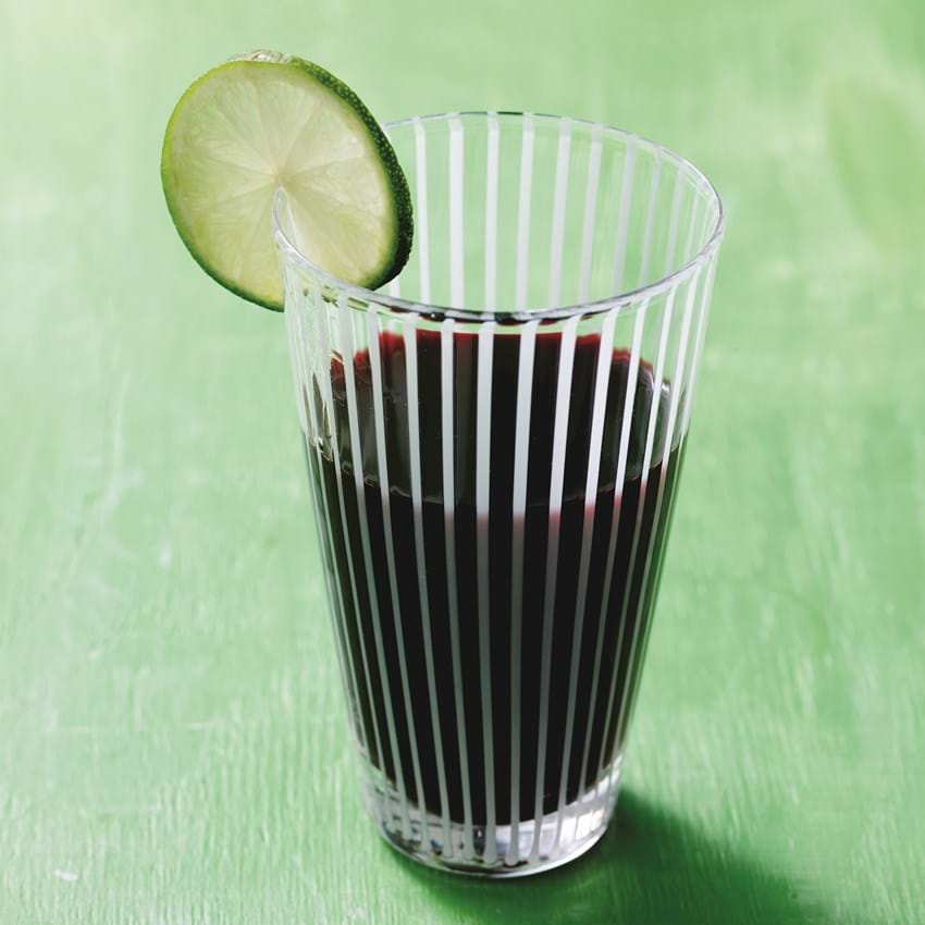Juice med rødbede og passionsfrugt
