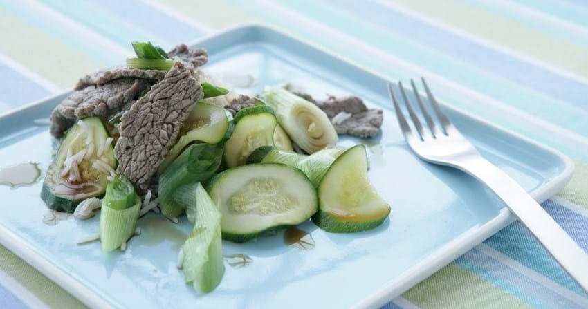 Japansk bøf med grøntsager