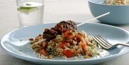 Kebab med tomat og appelsindressing