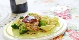 Kalkun med chorizo og broccolipasta