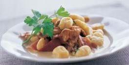 Gnocchi med kantareller og bresaola