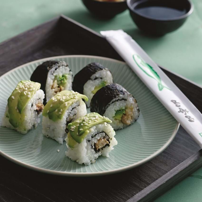 Sushi med teriyakikylling og avocado