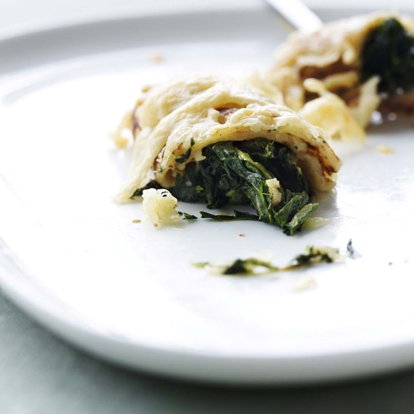 Madpandekager med spinat
