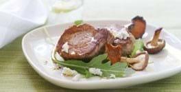 Mørbradbøffer med svampe og gorgonzola
