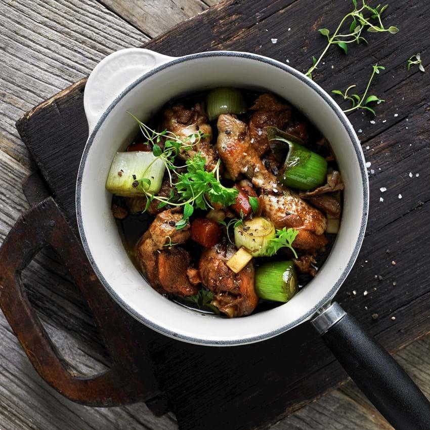 Coq au ØL med efterårets grøntsager