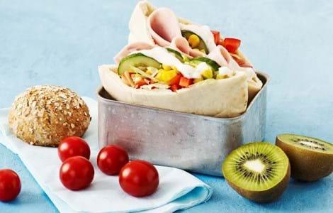 Pitabrød med skinke, kylling eller tun