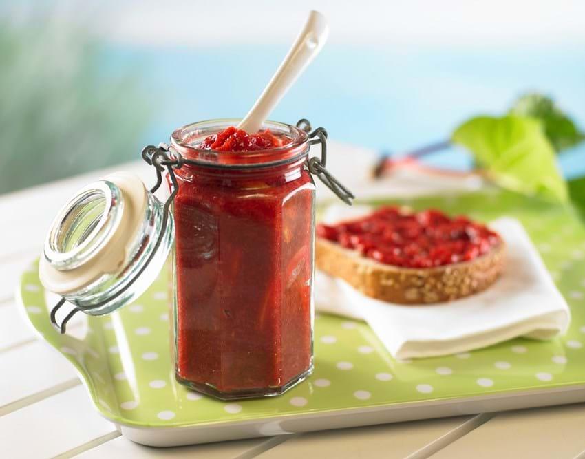 Marmelade med rabarber og citron