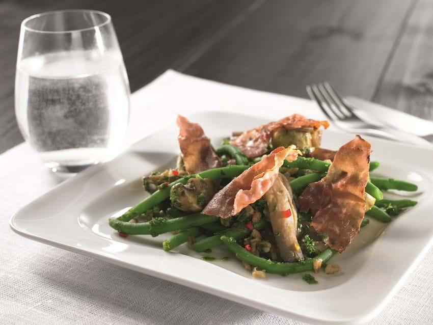 Salat med sprød parma og grønkål