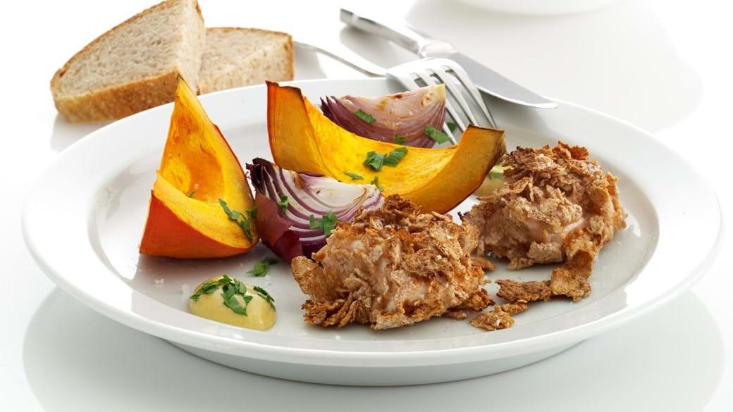 Sprøde kyllingenuggets, bagt græskar og sennepsdip