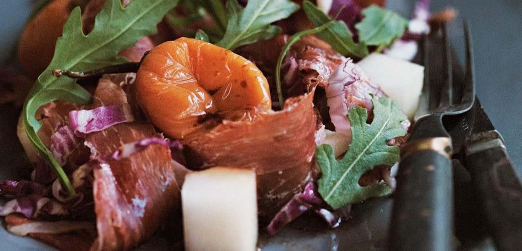 Salat med honningmelon, serranoskinke og La Luna