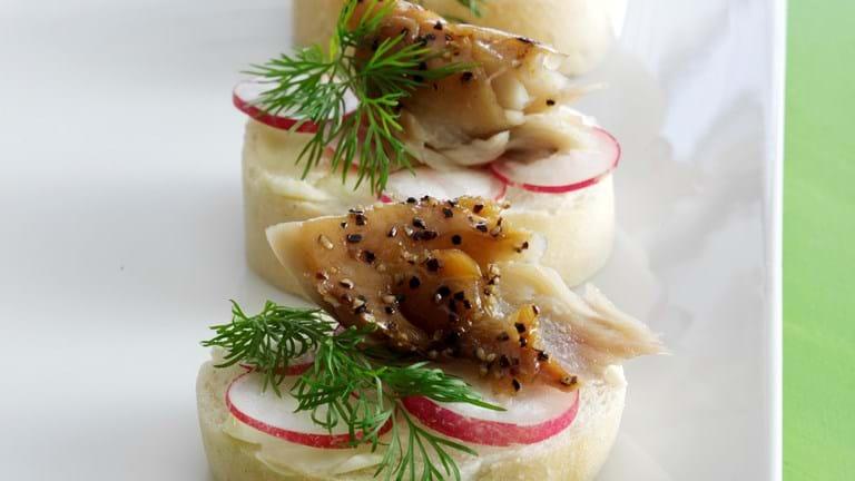 Fisk til gæster - Hapser med makrel og radise