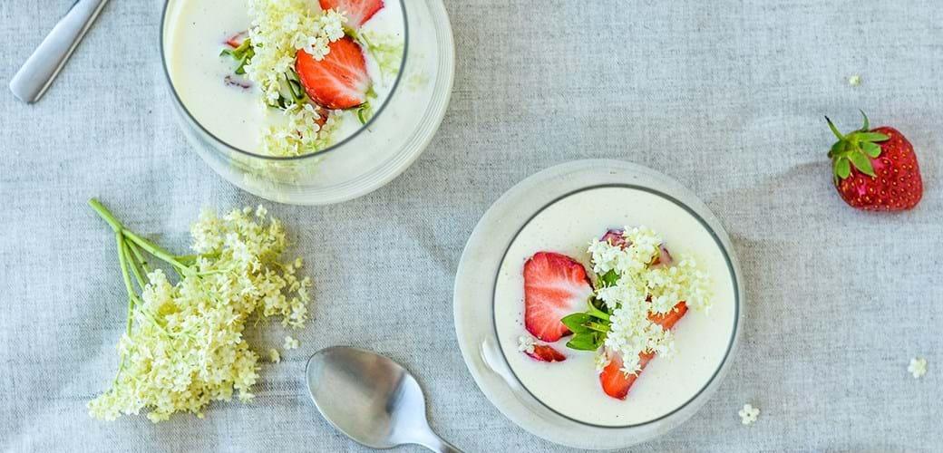 Luksuskoldskål med jordbær & hyldeblomst
