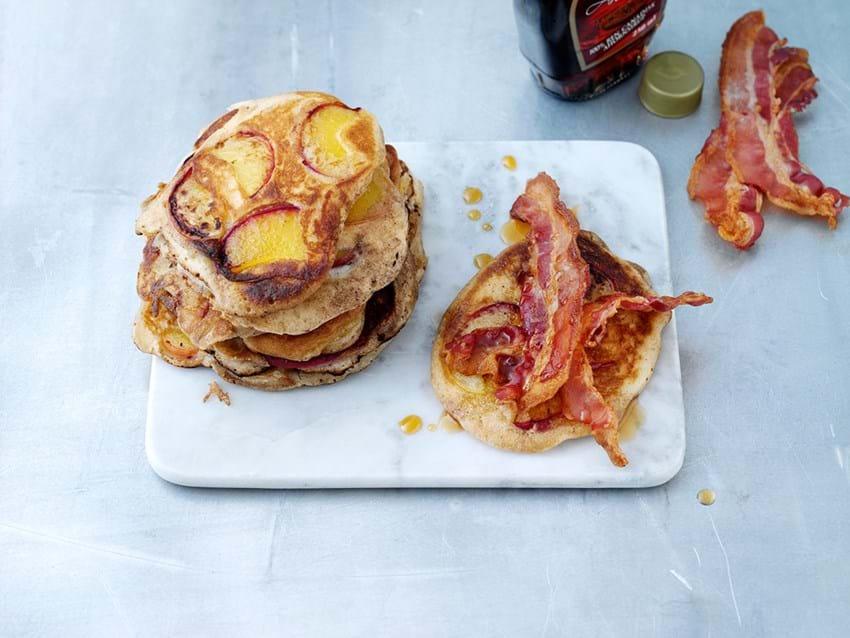 Pandekager Opskrift Med Fersken Bacon Og Sirup Se Her
