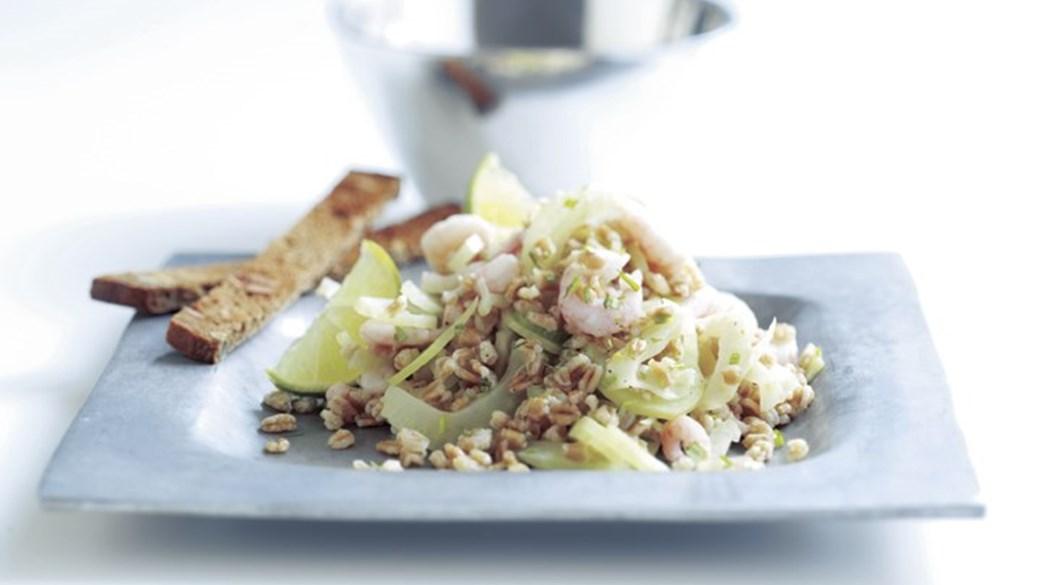 Marineret speltkornssalat med rejer