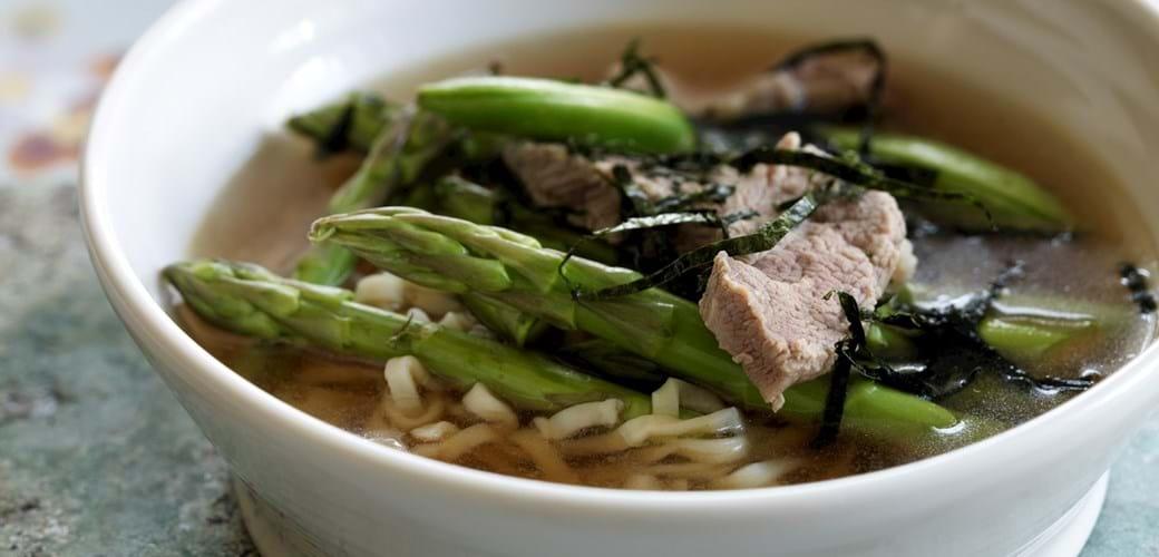 Suppe med andebryst og asparges