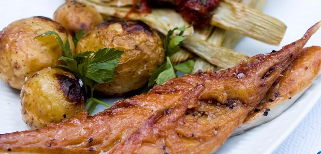 Grillede kartofler og fennikel. Pebermakrel hertil
