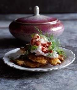 Små majspandekager med rejesalat