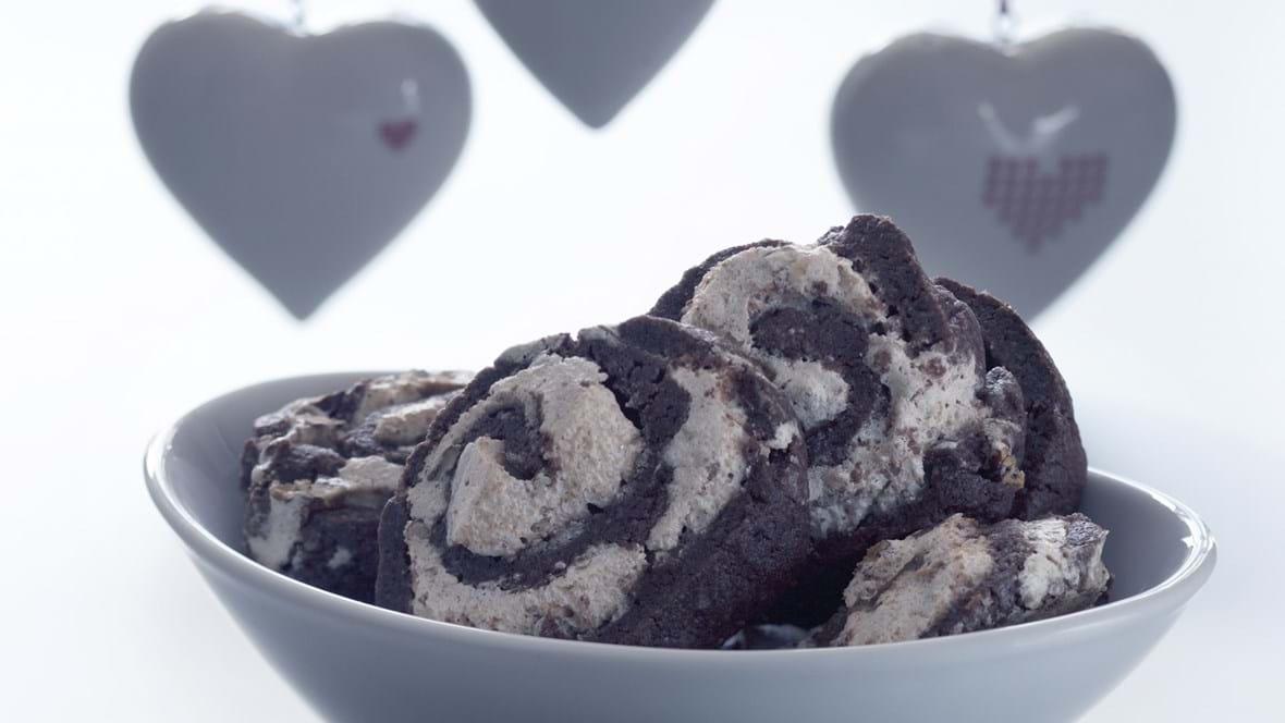 Sprød småkage af to deje