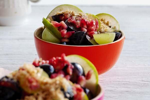 Frugtsalat med kokosdrys
