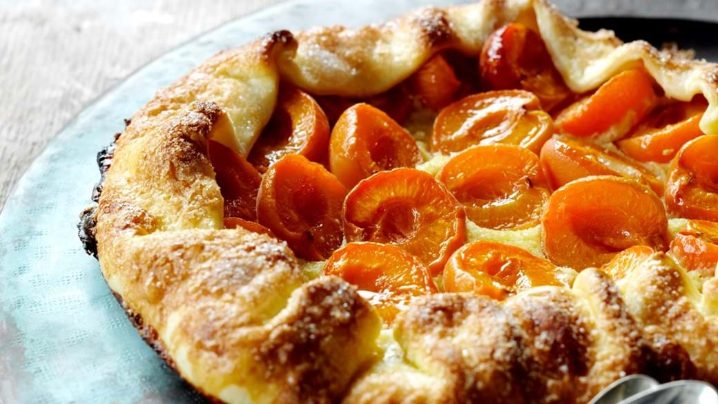 Abrikostærte med mandler