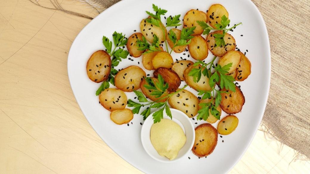 Brasekartofler i andefedt