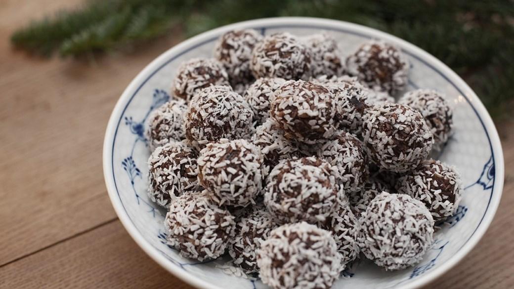 Kokostrøfler med kakaopulver