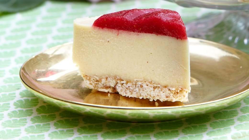 Hvid chokolade cheesy cake med hindbær