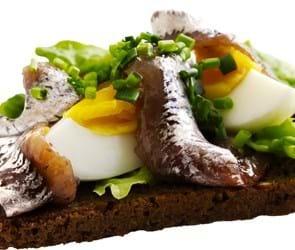 Æggemad med benfri sild