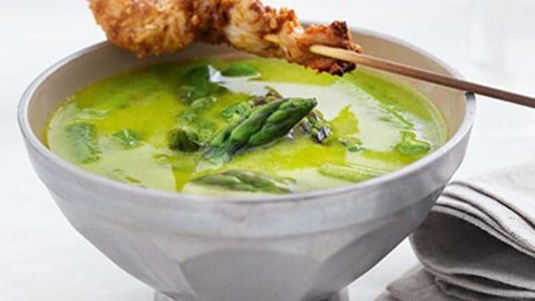 Aspargessuppe med karrykylling