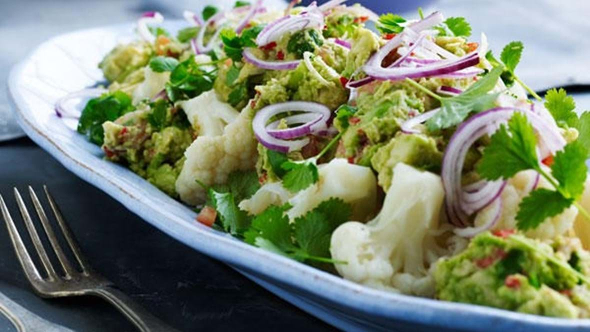 Blomkålsalat med guacamole