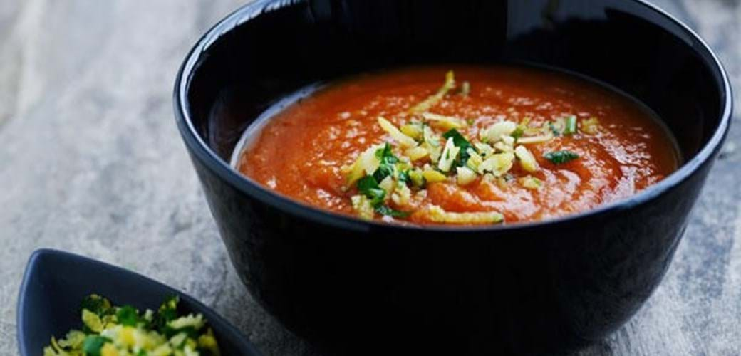 Tomatsuppe med gremolata